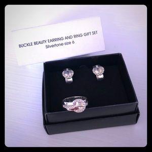 Avon Buckle Beauty NIB Pierced Earrings & 6 Ring!